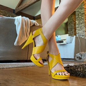 Nine West Yellow Heel
